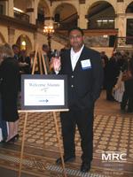 """Ранжан Даш  с наградой  Университета Дрекселя молодым исследователям (Ranjan Dash with  Drexel University Award """"Young Alumni Association"""")"""